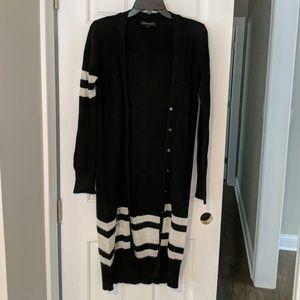 Banana Republic BN Black/White Duster Sweater